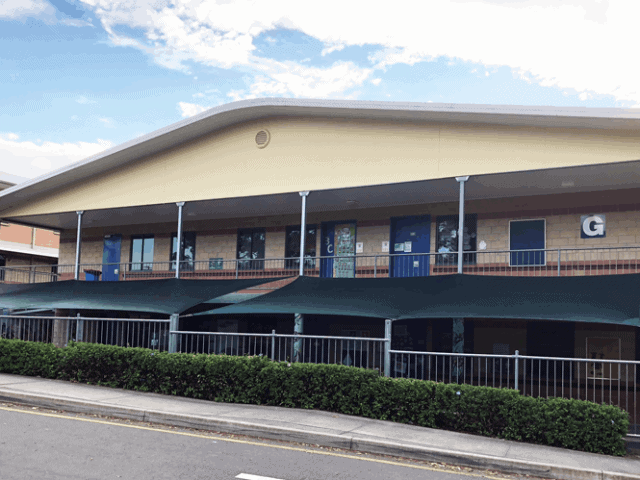 Replacement shade sail-Brisbane Islamic-College- Superior Shade Sails