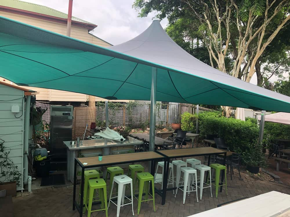 Sassafra's Cafe Paddington, has a new big top style shade Sail. This sail is a 8 Point Shade set up using Dual Shade, 5mm 316 stainess steel wire with posts anchored in shale-hard rock.