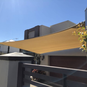 Desert Sand colour in the Z16 shade sail fabric was used in this home at Runcorn.